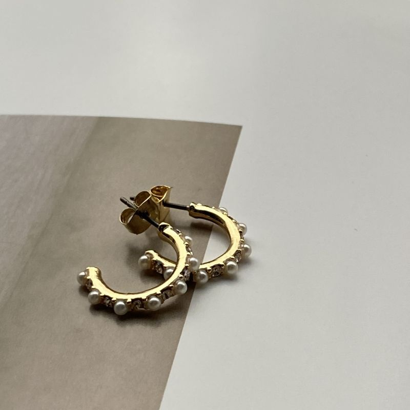 画像1: Pearl Studs pierce